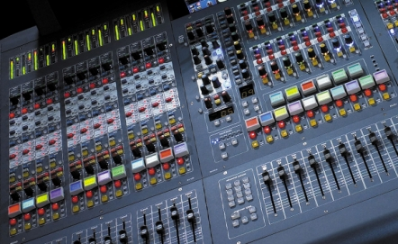 Digital mixing desks – Analogue, what is that?